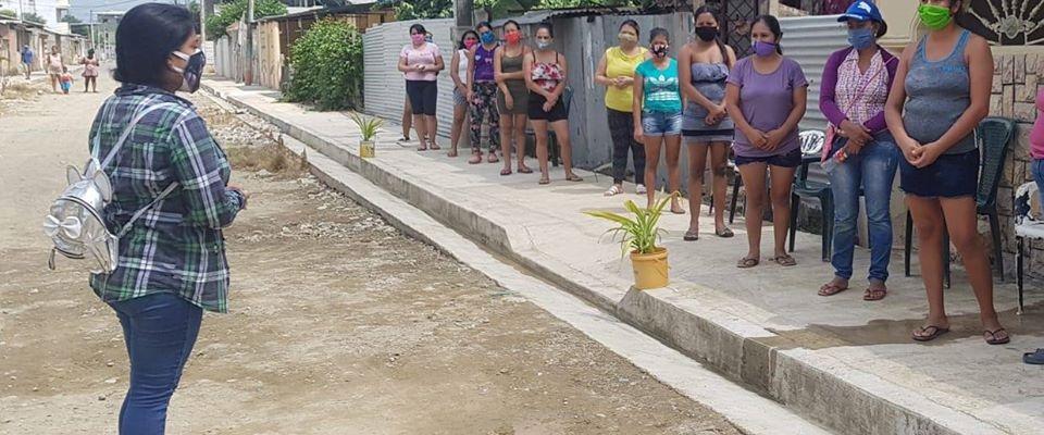 ENTREGA KITS DE ALIMENTOS A PERSONAS DEL PROYECTO CENTRO DESARROLLO INFANTIL.